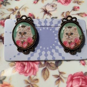 ModCloth Framed Cat Earrings